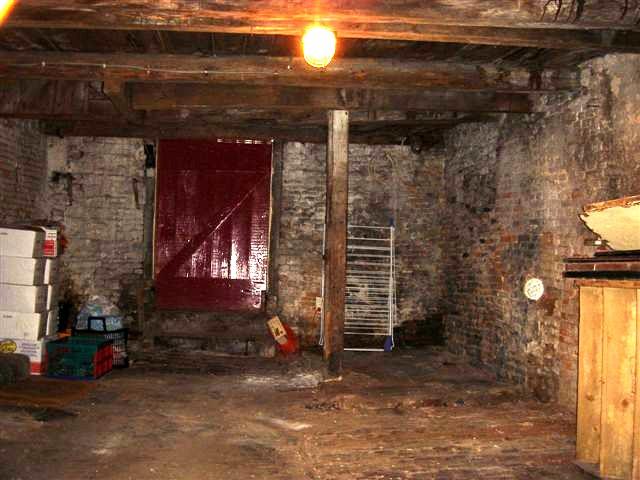 Keuken Onder Trap : Verbouwing schuur